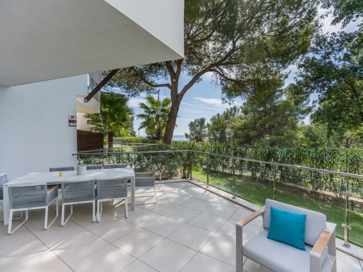 Townhouse for sale in Marbella with 2 bedrooms and 2 bathrooms.