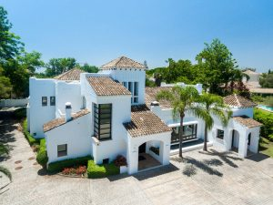 renovated properties nueva andalucia 1