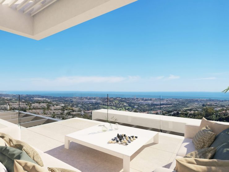 Apartment for sale in Benahavis with 2 bedrooms and 2 bathrooms.